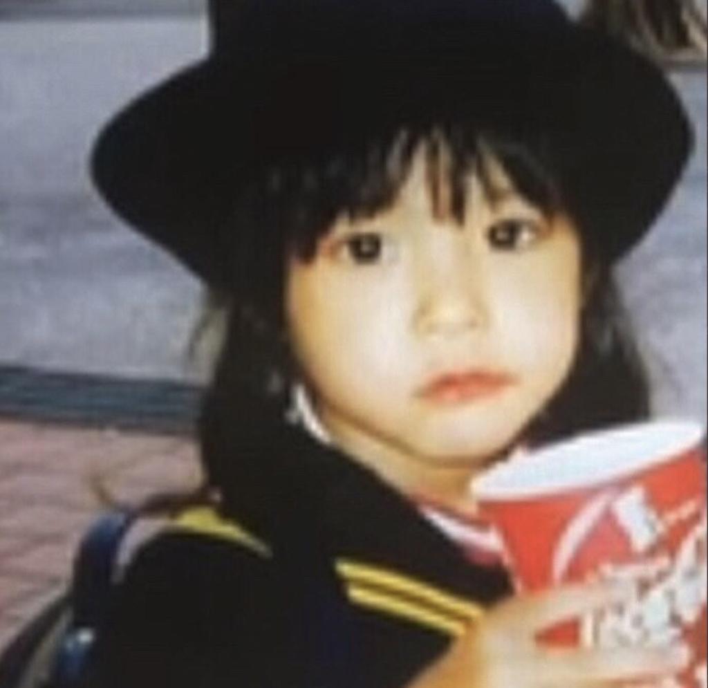 新木優子さんの幼少期の画像