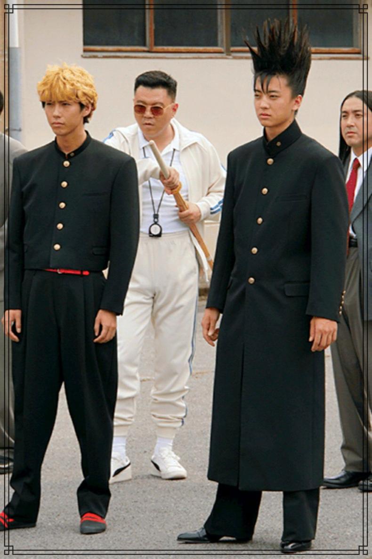 賀来賢人さんと伊藤健太郎さんの画像
