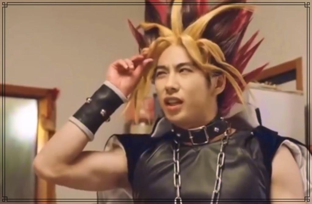 賀来賢人さんの筋肉画像