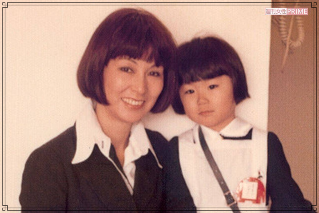 真瀬樹里さんと野際陽子さんの画像