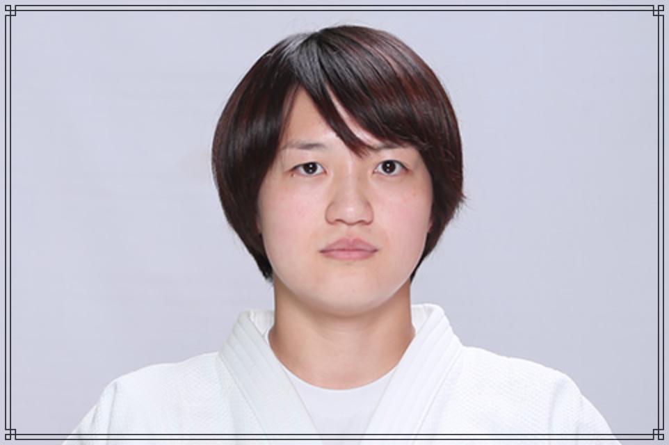 新井千鶴さんの画像