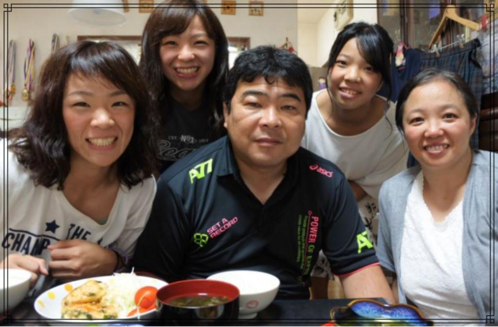 川井一家の画像