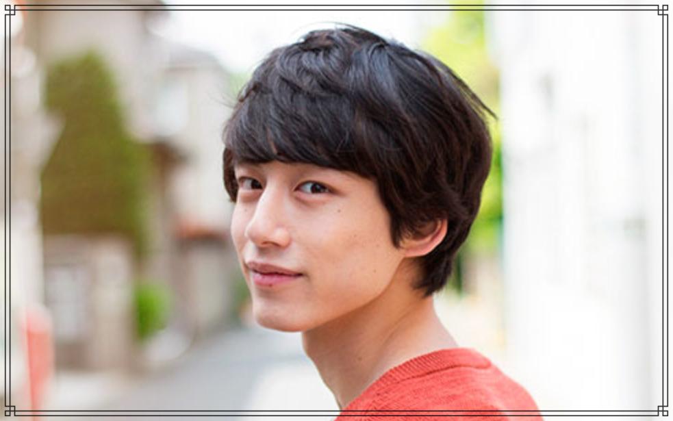 坂口健太郎さんの画像
